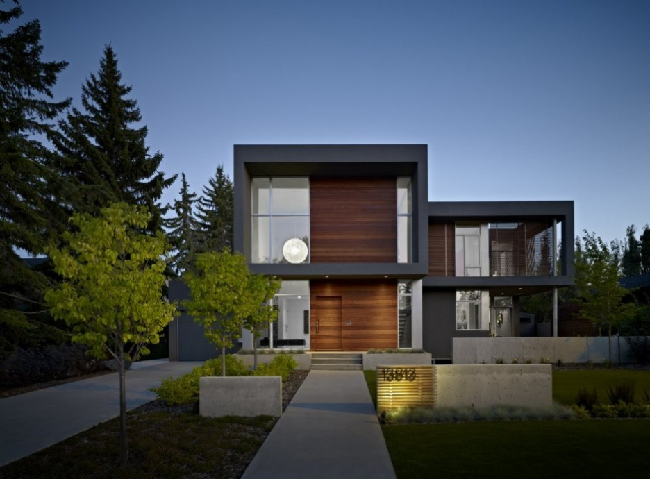 Modern House Facade Design with Wooden and Glass