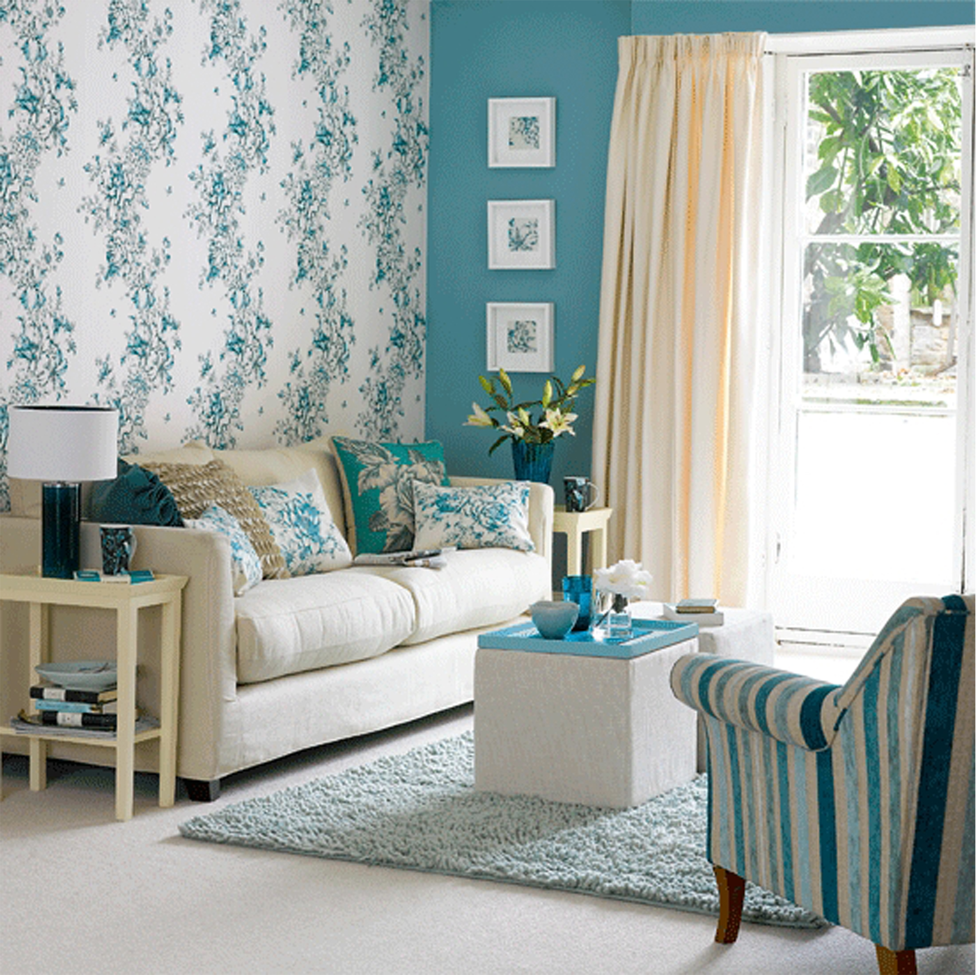 Wallpaper design for living room that can liven up the for Living room theme ideas