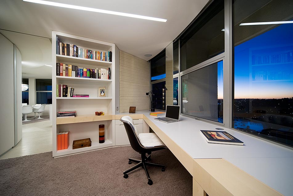 Elegant Modern Home Office Design with Large Glass Walls