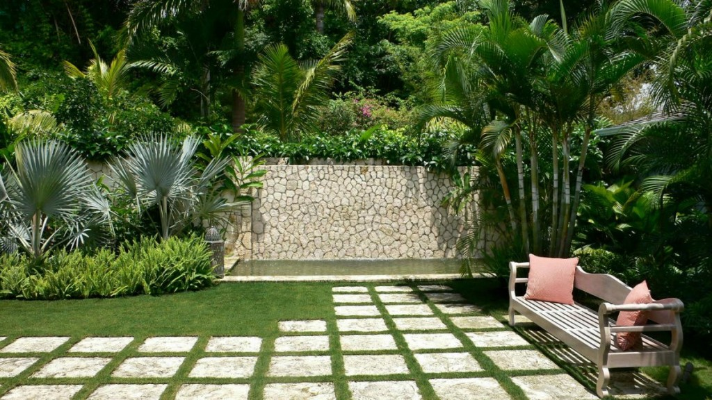 Garden stepping stone design and ideas Backyard landscaping ideas with stones