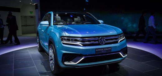 Volkswagen Cross Coupe GTE Pictures
