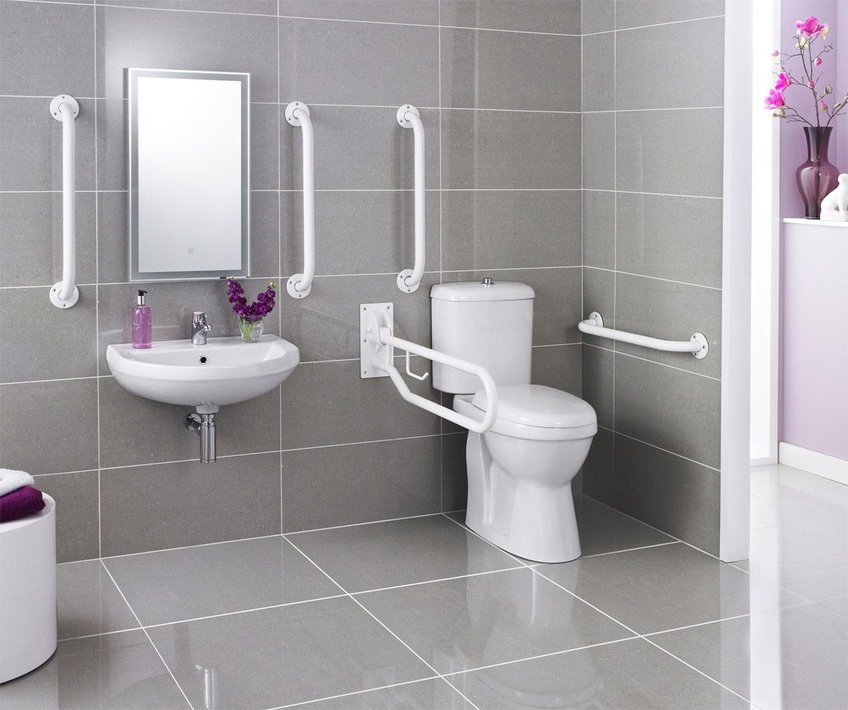 6 tips to design a bathroom for elderly for Toilet and bath design