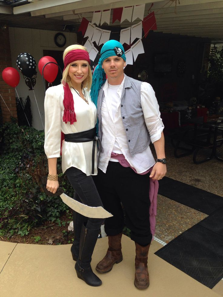 Homemade Couple Halloween Costumes Ideas of Pirate  sc 1 st  InspirationSeek.com & 35 Couples Halloween Costumes Ideas - InspirationSeek.com